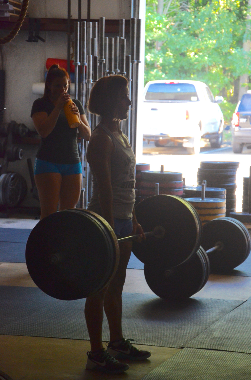 Ang showing a great finish to her deadlift.