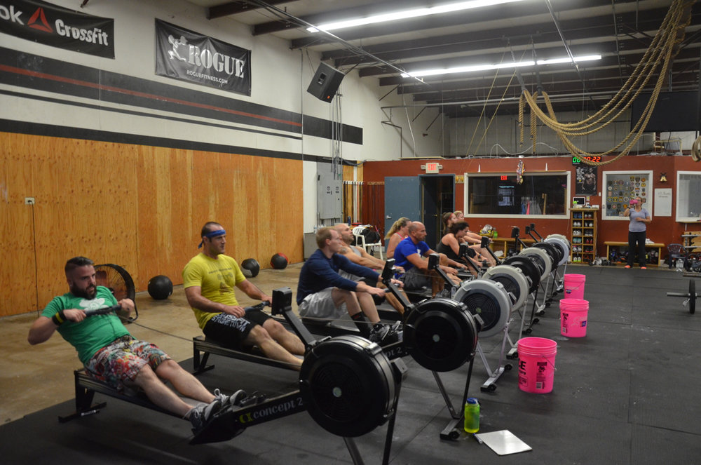 The 6pm class starting their row.