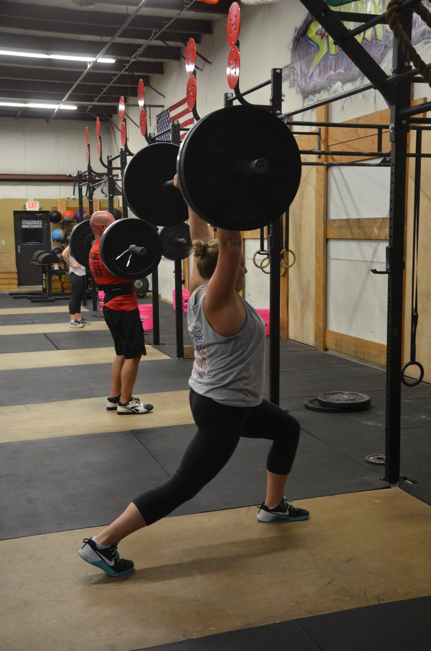 Linda looking solid on her split jerk!