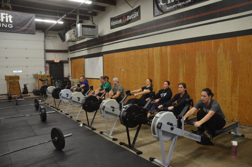 The 9:30 class finishing up their row.