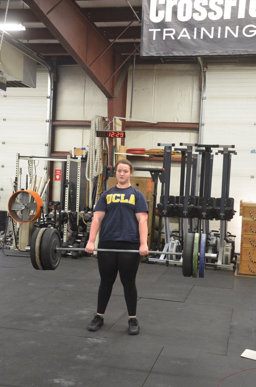 Abby looking strong on her deadlifts!
