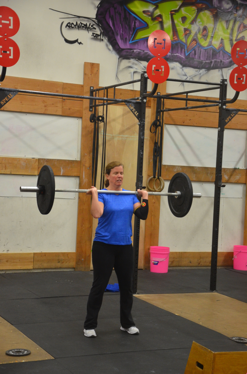 Susie finishing up her final hang power cleans.