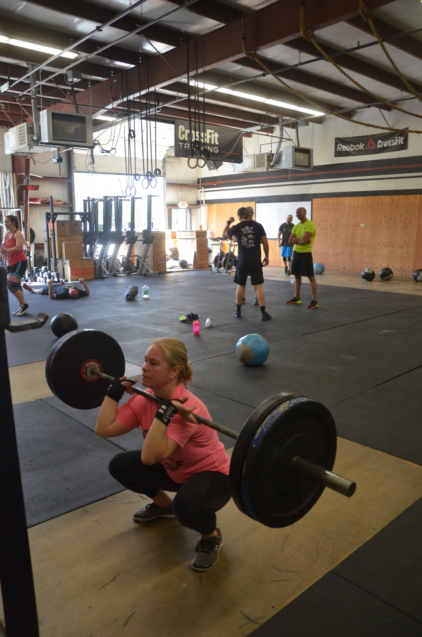 Dani looking strong on her front squats after Karen.