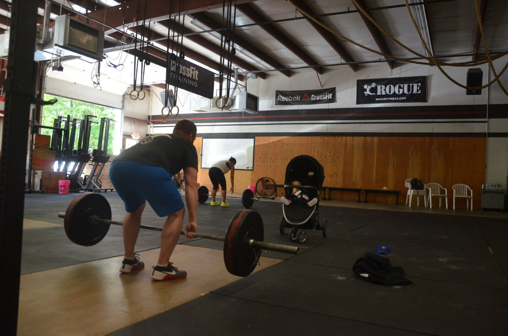Matty and Read tag teaming Saturday's running barbell couplet.