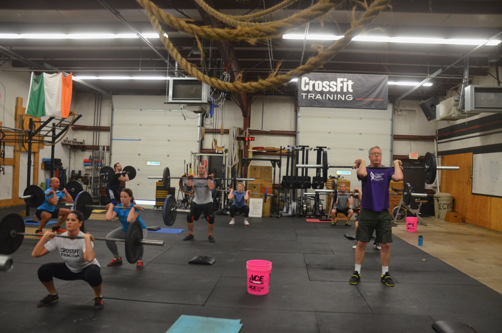 The 5pm class starting their 21-15-9.
