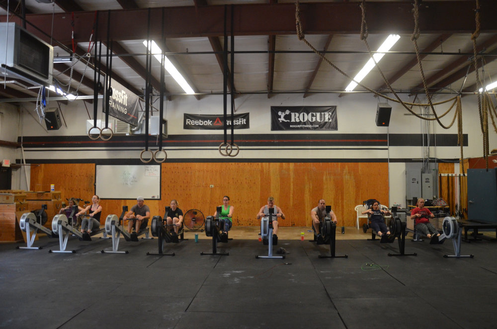 The 9:30 class starting their 2,000m row.