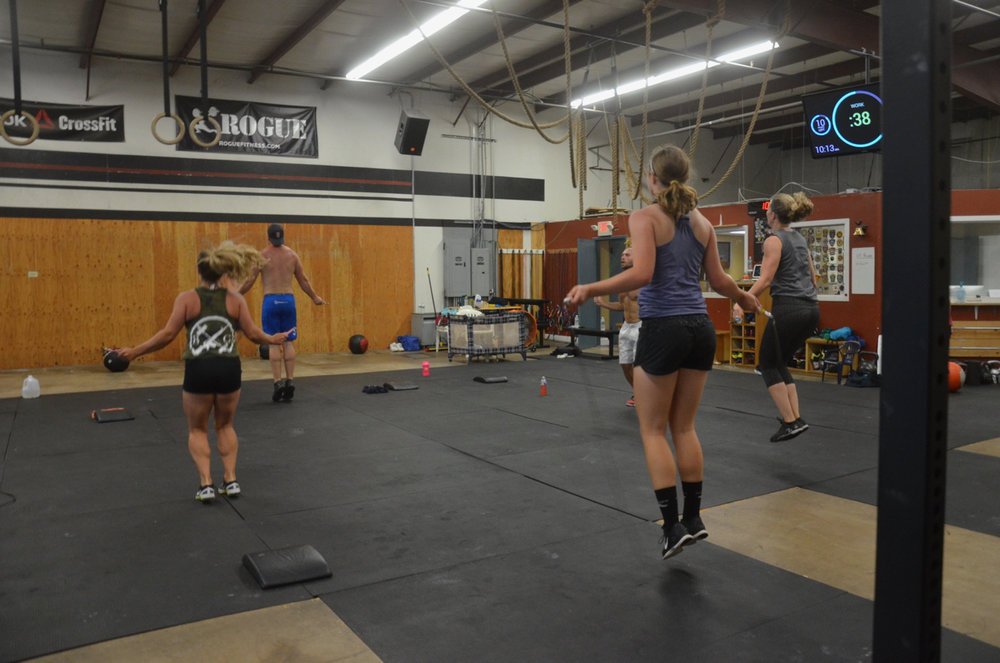 Molly and the 9:30 class during their double unders.