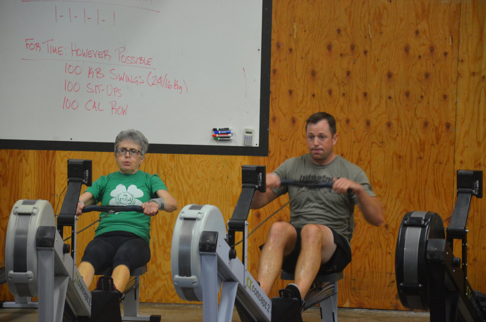 GereLu and Ian chipping away at Friday's 100 calorie row.