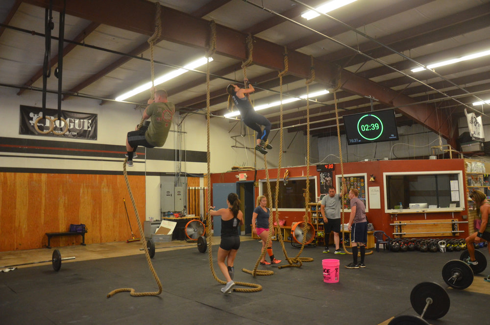 The 4pm class chipping away at their rope climbs.