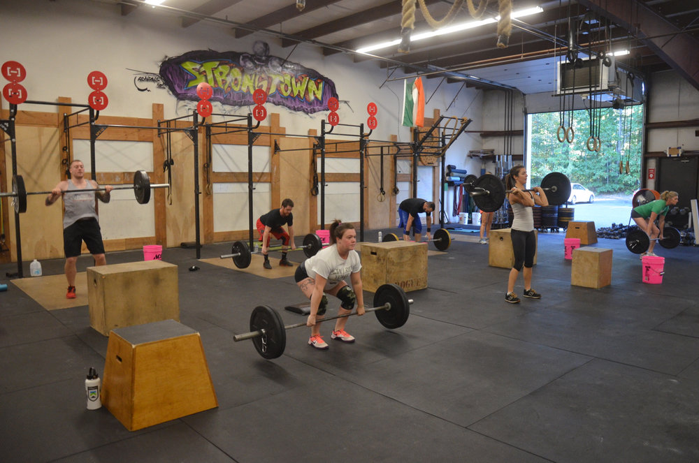 The 5:00pm class attacking the power cleans.