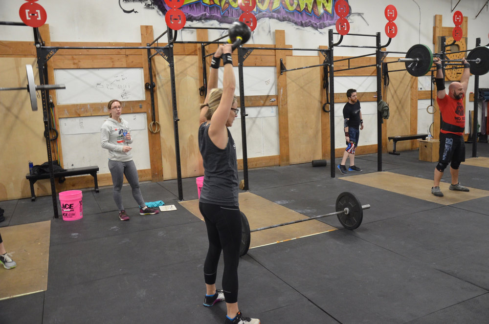 Paula making easy work of her kettlebell swings on Sunday's partner wod.