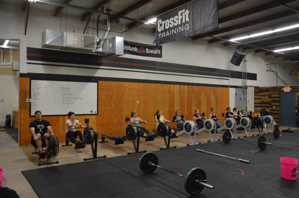The 4pm class during their first 12 Calorie row.
