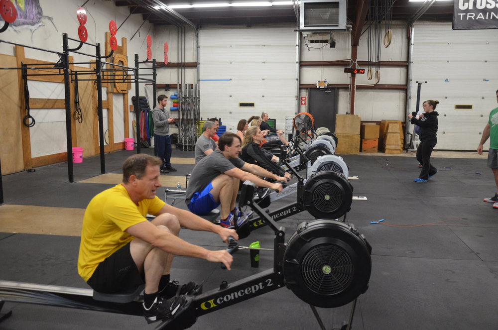 The 6pm class during their 3x500 meter row time trials.