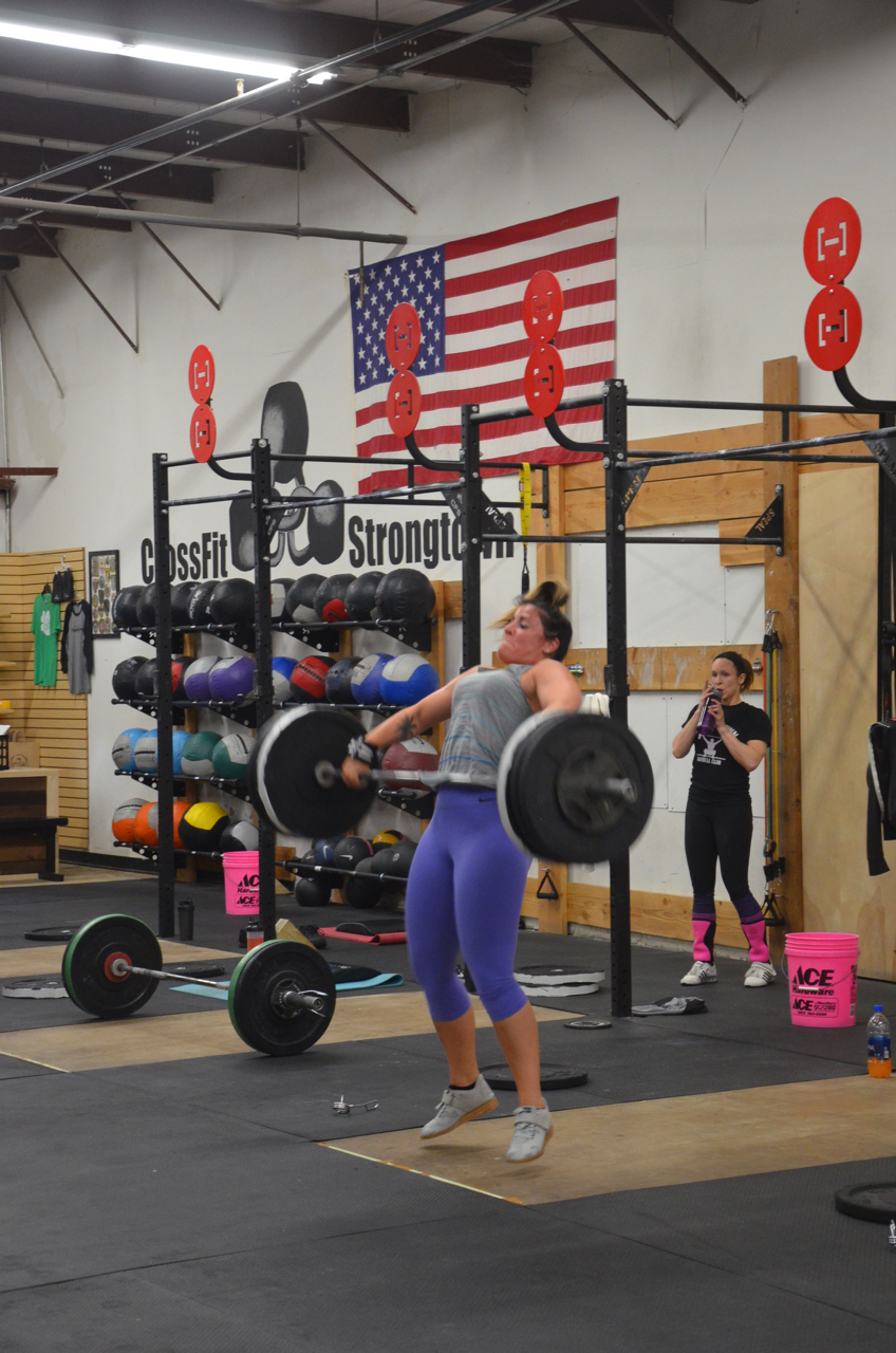 Rachie showing a great pull on her squat snatch.