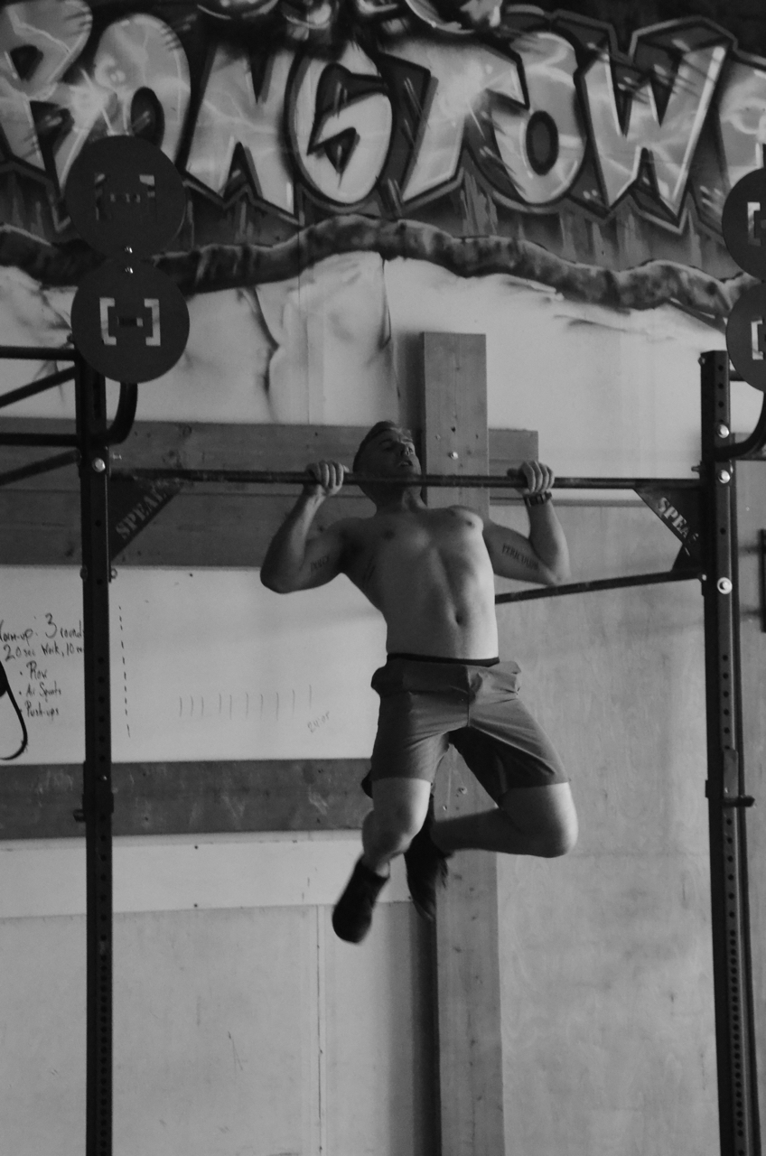Scotty during his butterfly pull-ups.