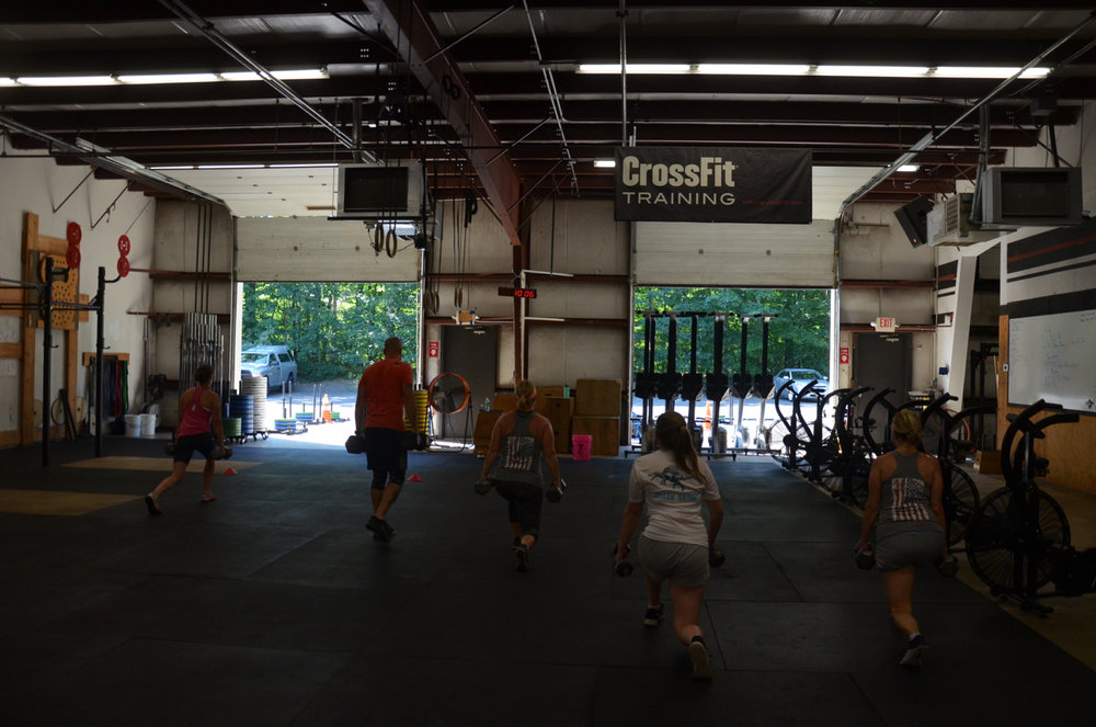 The 9:30am class at the start of today's 15 minute AMRAP.