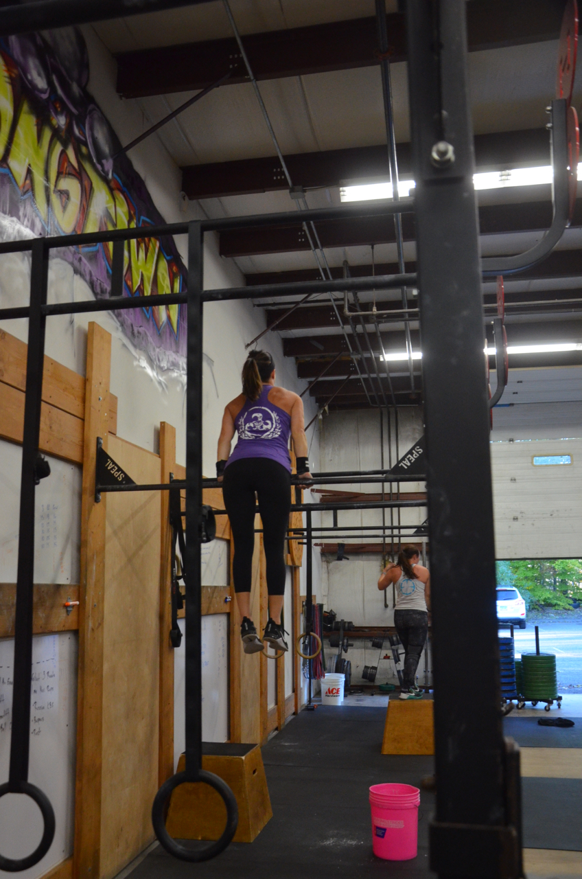 Congratulations to Jen on stringing together her bar muscle-ups today!