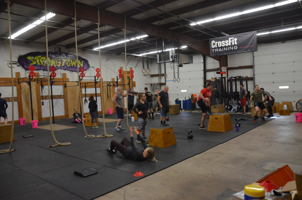 Always a great turnout for the Sunday partner workout.