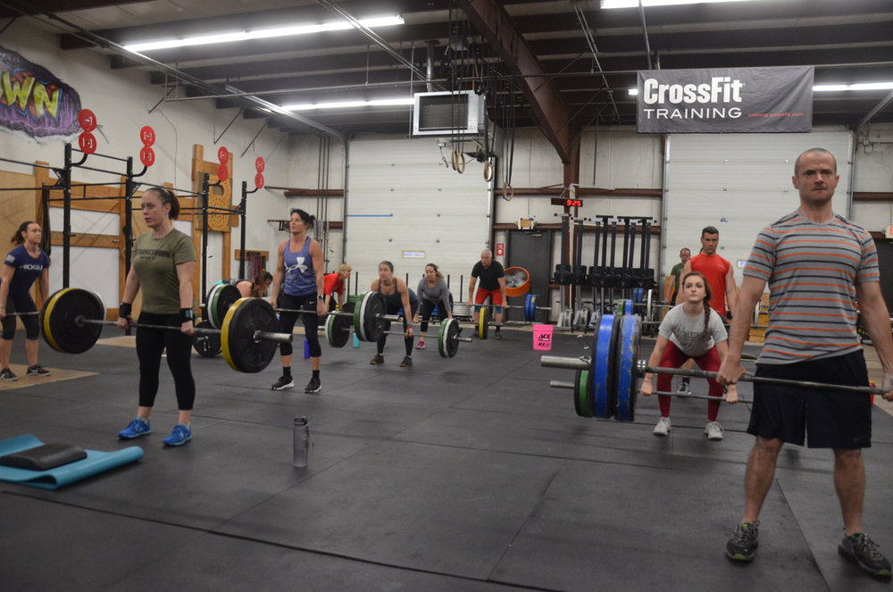 Packed house for the Saturday 9am class.