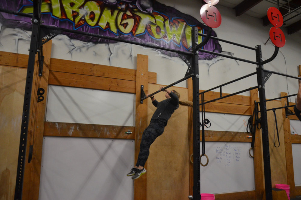 Jordan making her butterfly pull-ups look easy.