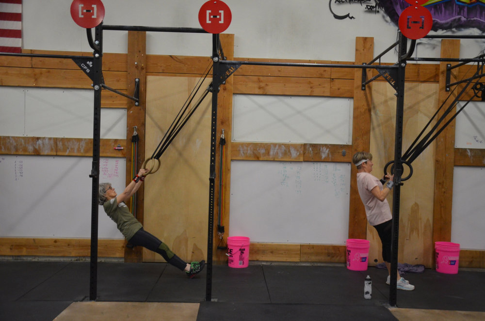 Gere-Lu and Kerry working through their 21 ring rows.