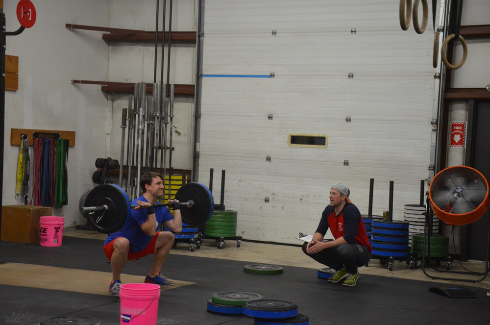 Rich staying focused during his Squat Cleans.