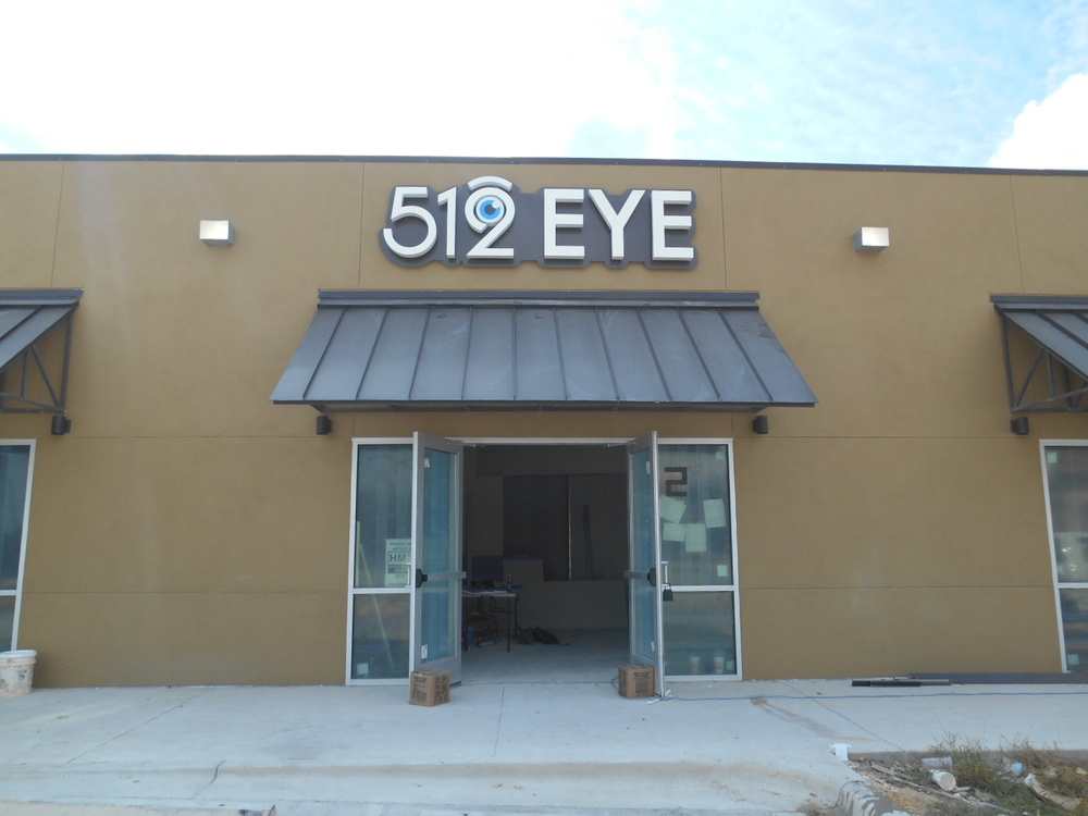512 eye comp photo ext.jpg