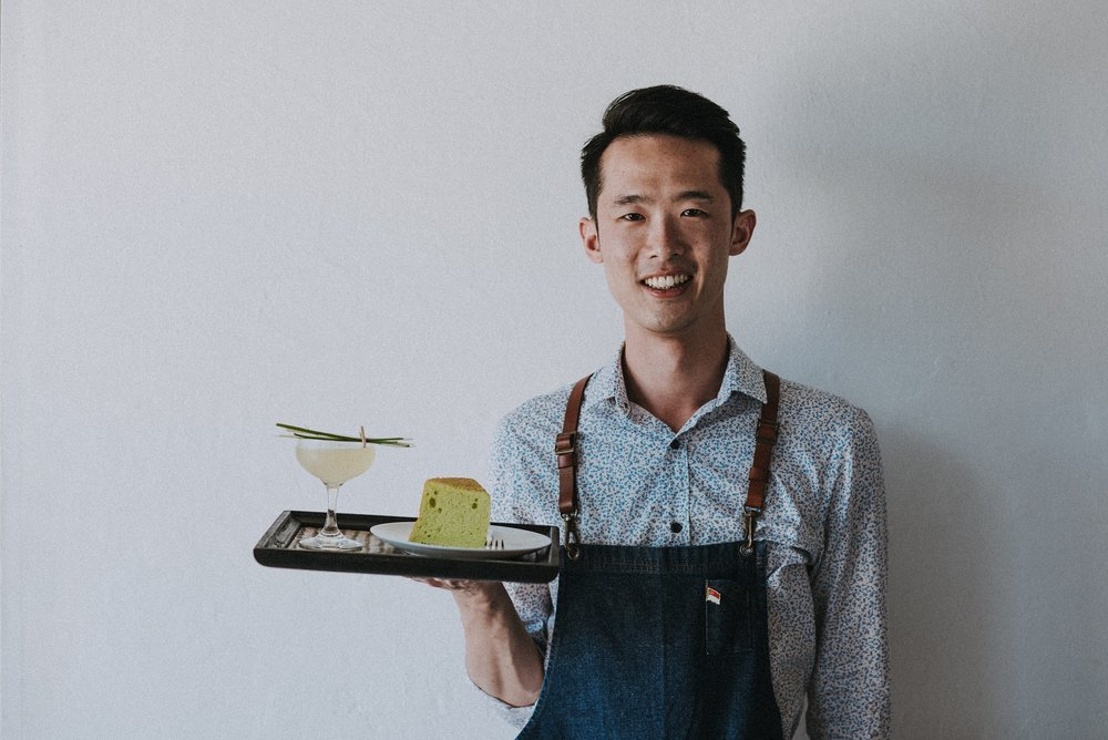 Darren Lim, all the way from Lucky Bay in Singapore with his cocktail Halycon Days. Served with a side of delicious pandan cake.