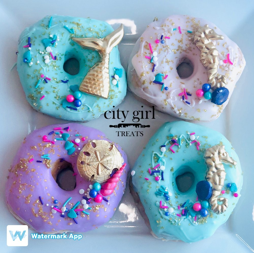 Custom Dipped Donuts by Nashville, TN based bakery City Girl Treats Nashville Treats