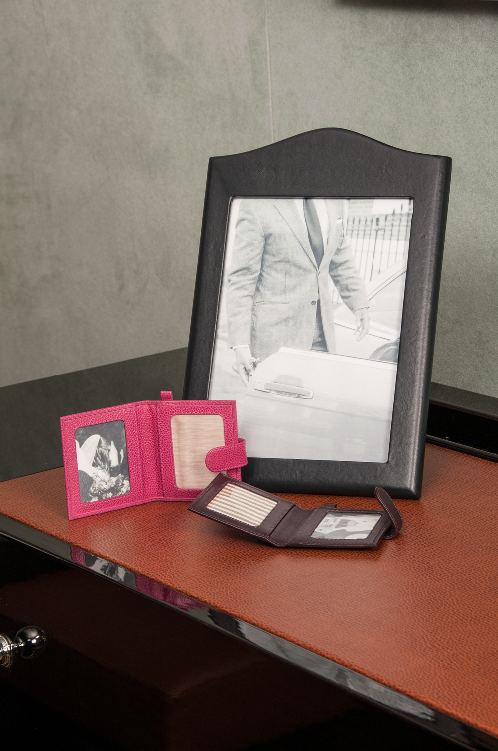 Royal Household Photo Frame and Wallets