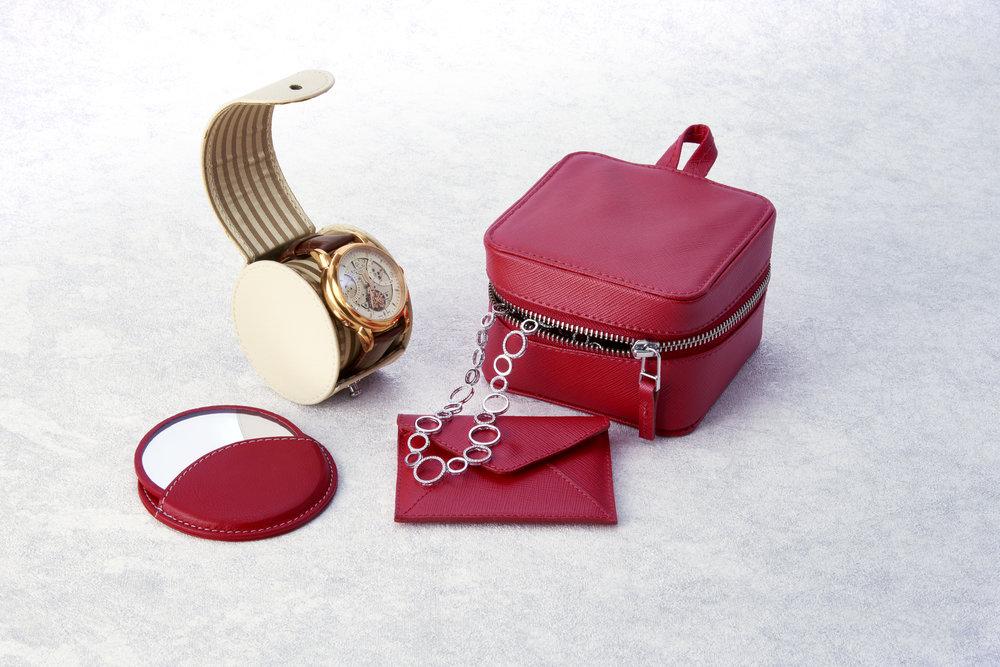 Fashion Accessories_Master.jpg