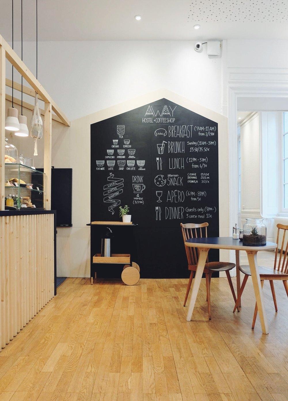 Away Hostel + Coffee Shop / www.lacrememagazine.com