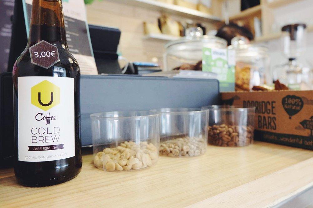 Lots Coffee House / www.lacrememagazine.com