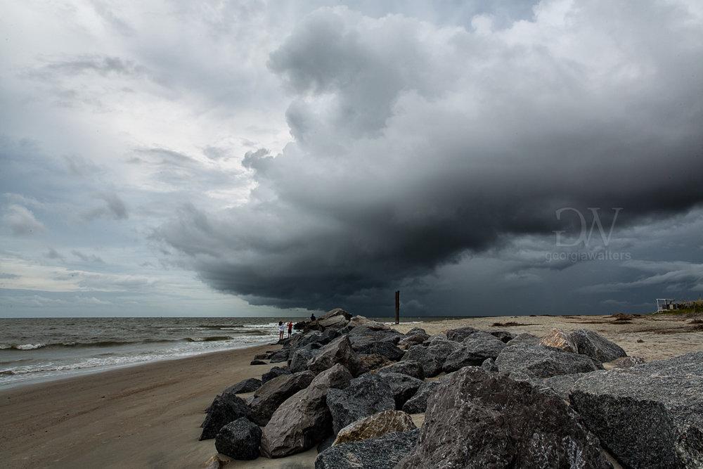 Shelf cloud blows over Tybee Island.