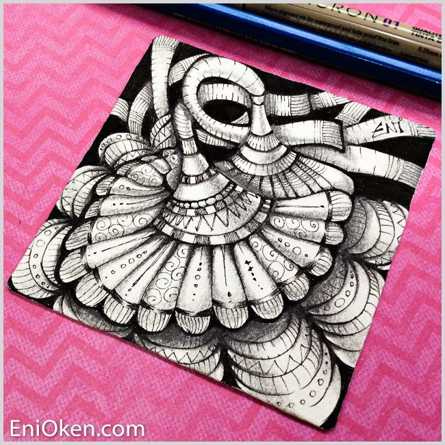 Shading Zentangle with a 6B pencil is fun! • enioken.com