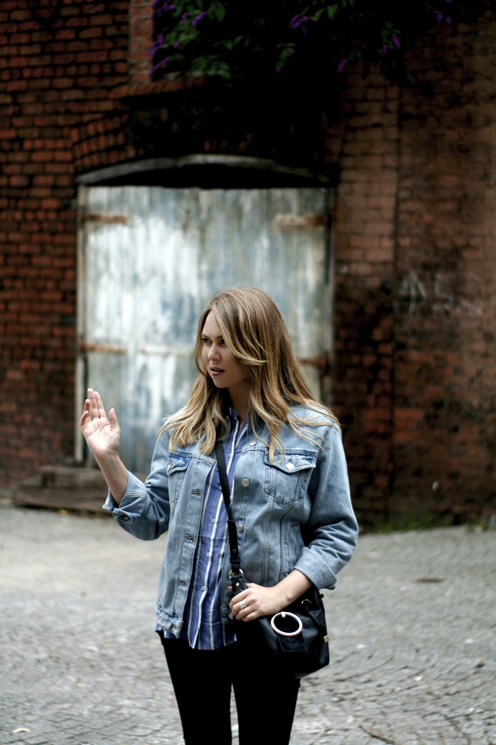 denim-jacket-stripe-shirt-streetstyle