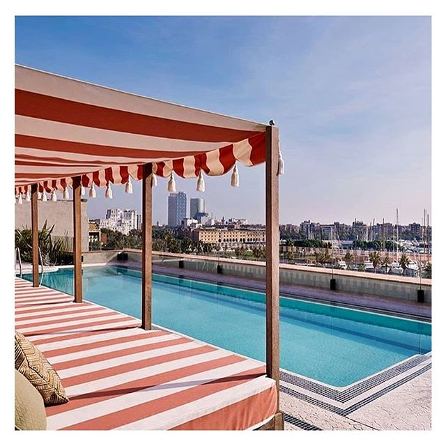 Would not mind a pool right about now .... #heatwave #toohottosleep  #travel #travelblogger #travelphotography #pool #sohohouse #instagood #lovetravel #vacay #vacaymode #barcelona #summersun