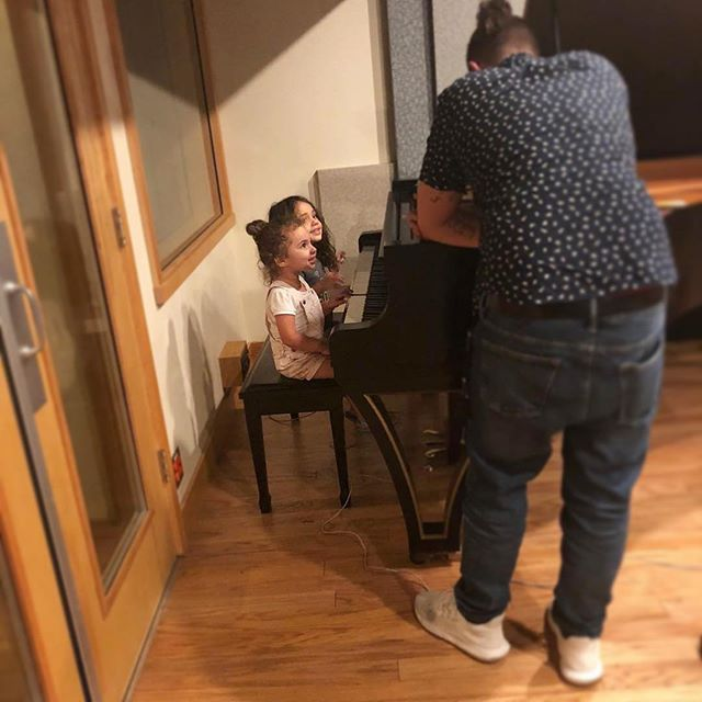 Nothing better then the next generation playing on our custom pianos! ... #Repost @abelmixedit ... The best gift I've ever known ❤️ • @abelmixedit • 🎹 #piano #jelliottco #recording #recordingstudio #yamahapiano #bespokepiano #cleartrackstudios