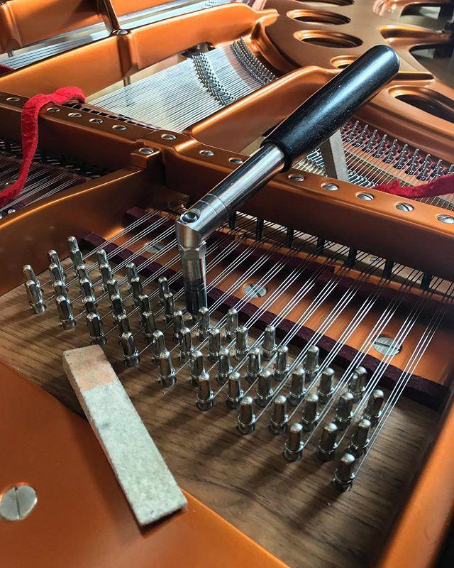 Beautiful @boesendorferofficial concert grand piano ... #bosendorfer #piano #concertgrand #pianist #yamahapiano #pianotechnician #jelliottco #pianoaficionados