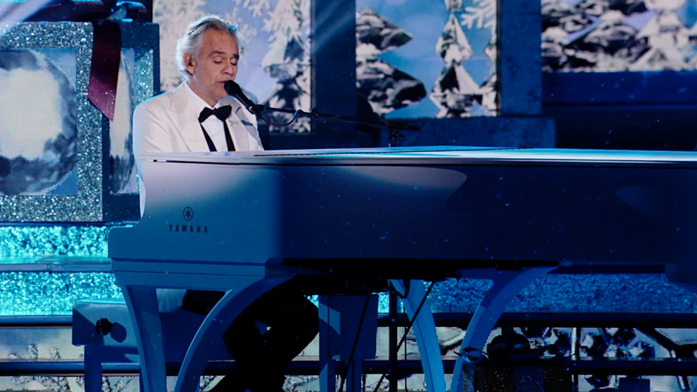 Andrea Bocelli playing custom piano