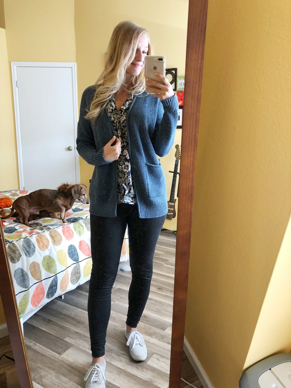 This is the legging pictured above!