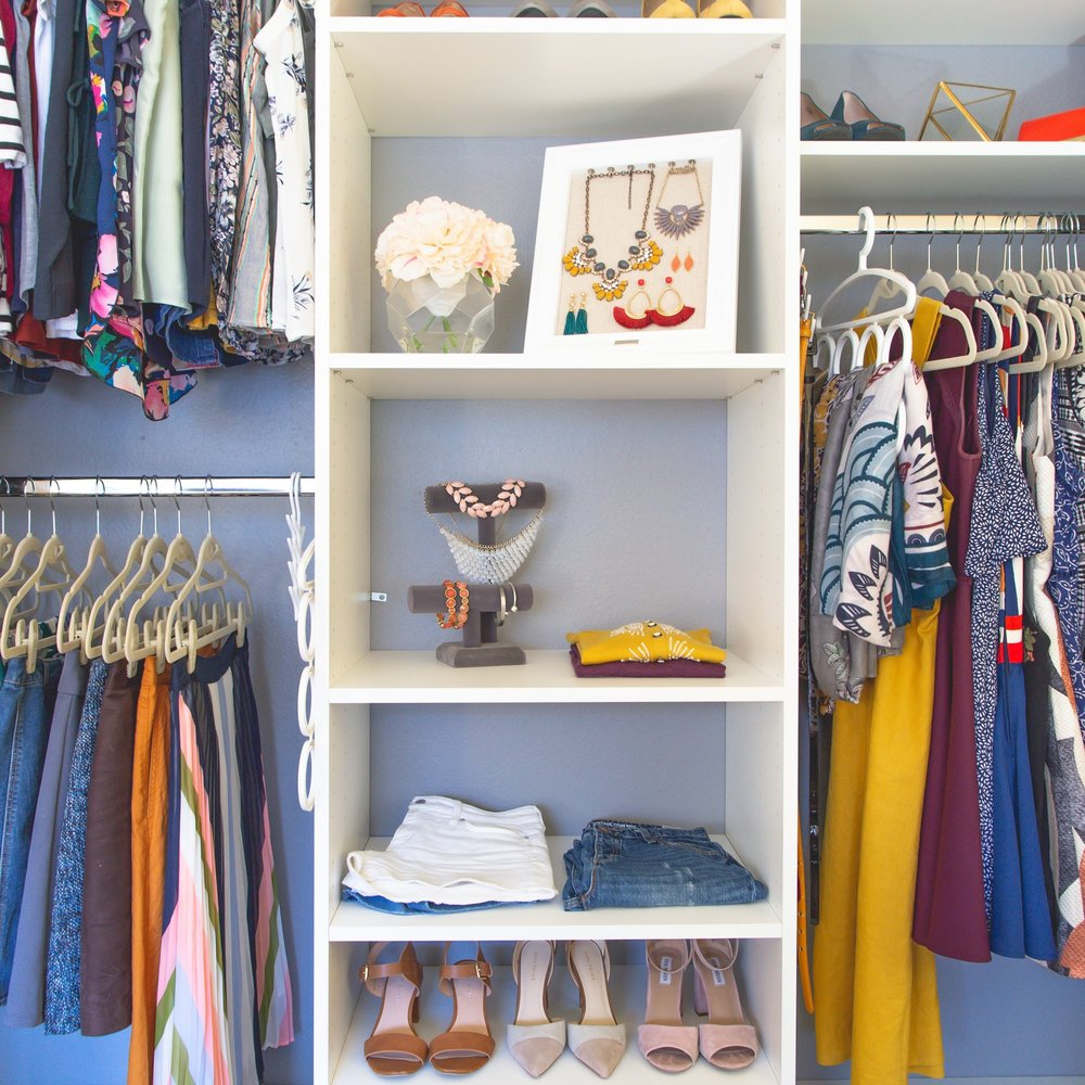 Module 1 - The Closet Clean-Out - - Learn how to clean out your closet QUICKLY with my simple 3-step process.- Clear out the clutter and create a wardrobe full of only pieces you love.- Find the gaps in your wardrobe and put together a detailed list of items needed during your next shopping trip.