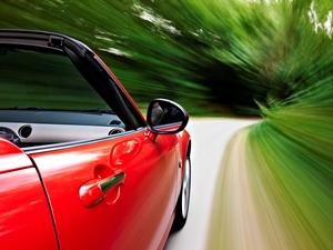 153559856_fast-driving.jpg