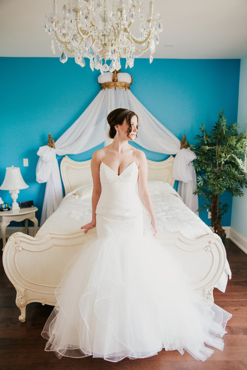 REAL TMB BRIDE: Carrie & Mike — The Modern Bride