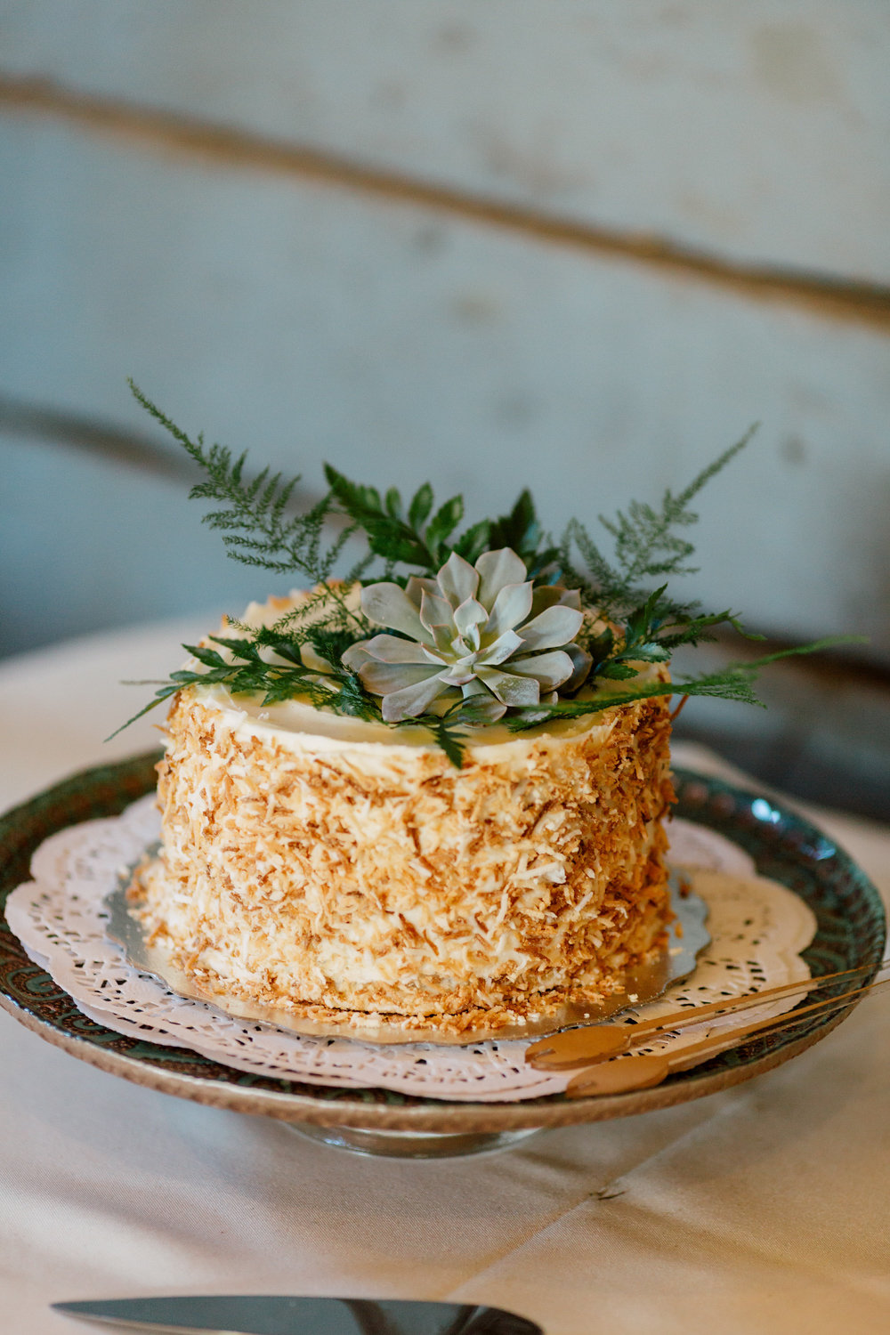 modern wedding cake succulents woodland wedding