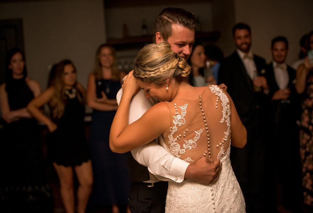 cambridge mill modern bride pronovias prunelle first dance