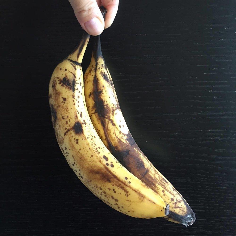 PS: Mitä kypsemmät banaanit, sen parempi! Kunnolla kypsä banaani ei koveta vatsaa samalla tavalla kuin hiukan raaka. Kypsä banaani saattaa jopa laittaa mahaan liikettä.