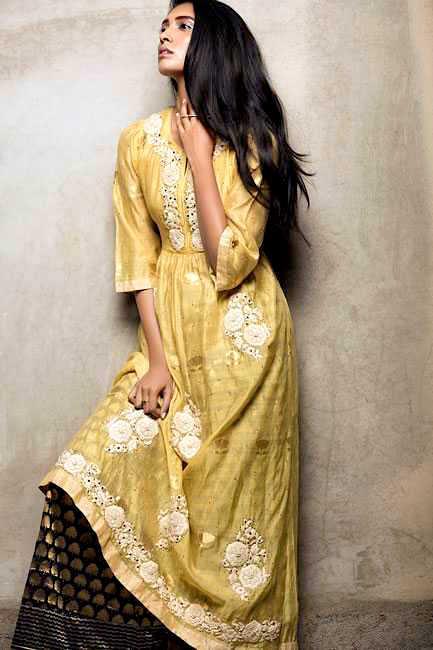 Embroidered silk kurta + Brocade pants : Ahilya  Ring : The line