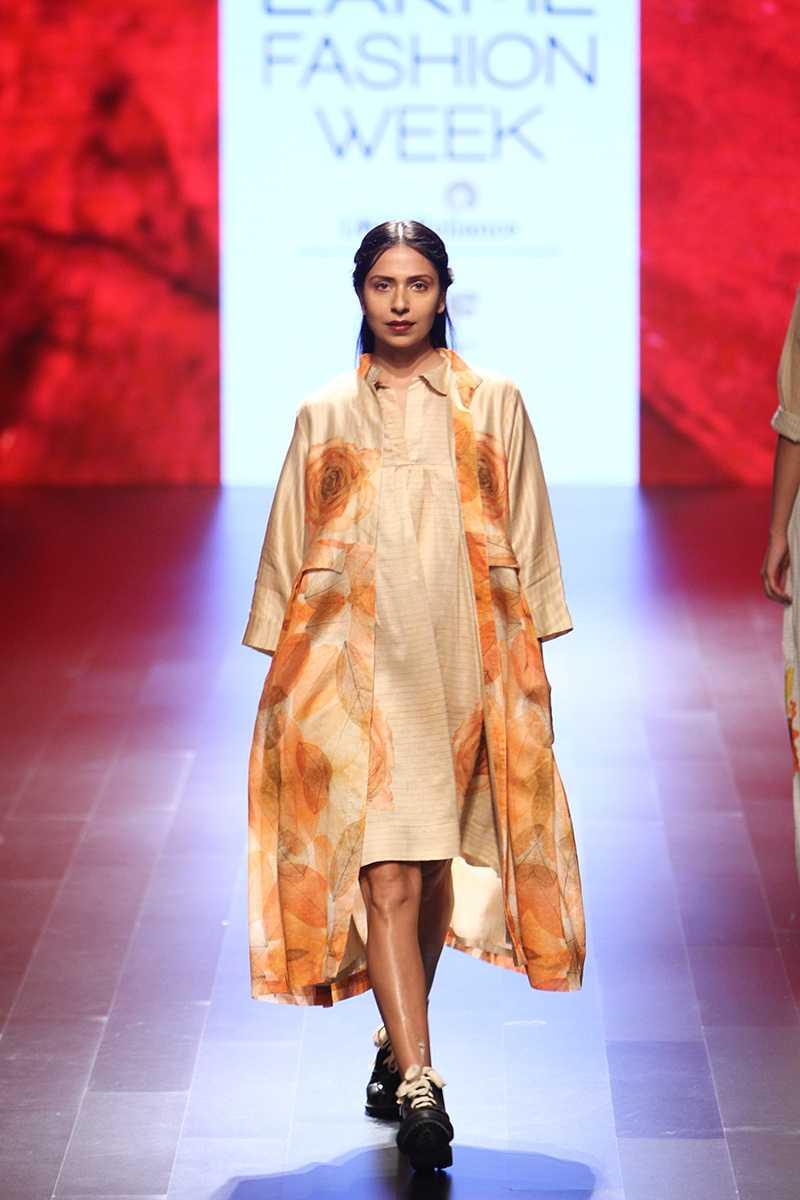 Myra - Aartivijay Gupta 3.jpg