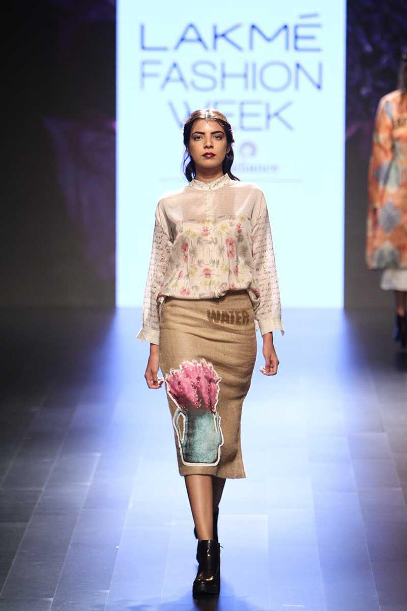 Myra - Aartivijay Gupta 8.jpg